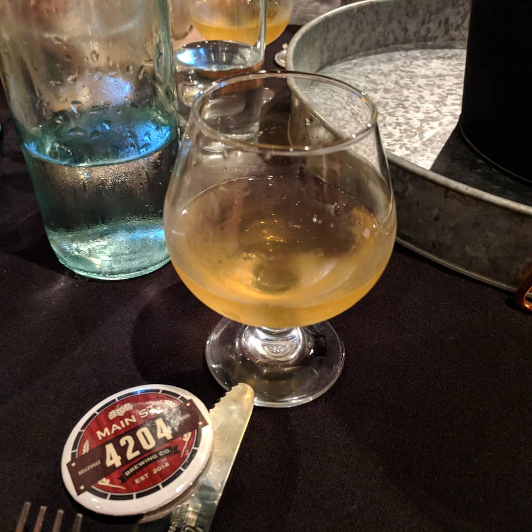 #4204mainstreetbrewing Beer Pairing at #craftedstl #stlouis #citylife Off Duty Lager