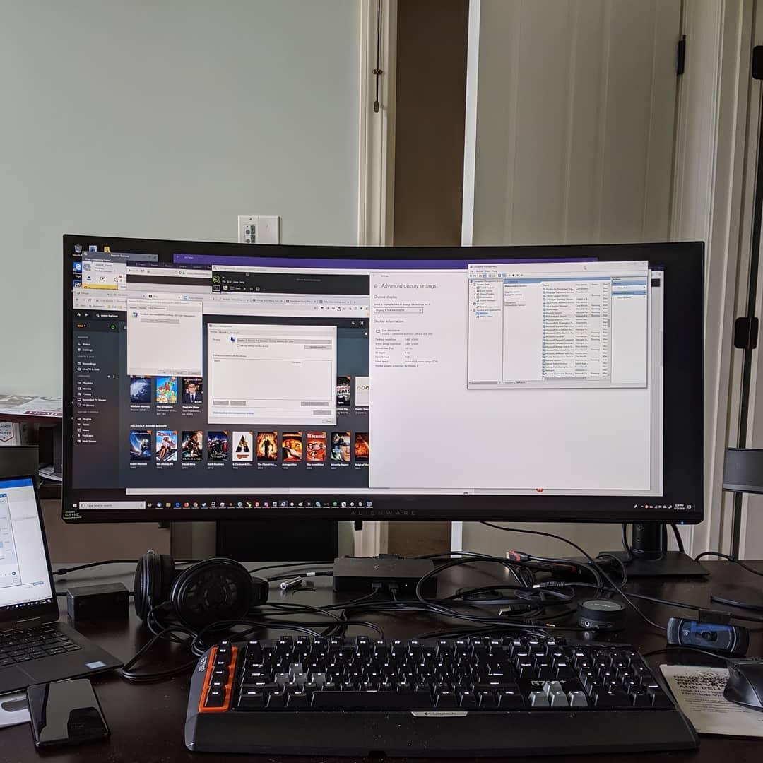 My desk is complete! #battlestations #alienware #citylife