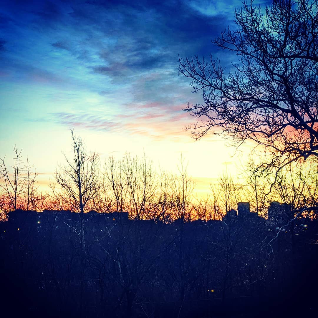 Good morning, St Louis… #citylife #stlouis #comptonheights